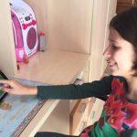 La niña de 10 en matemáticas y una enorme fuerza de voluntad
